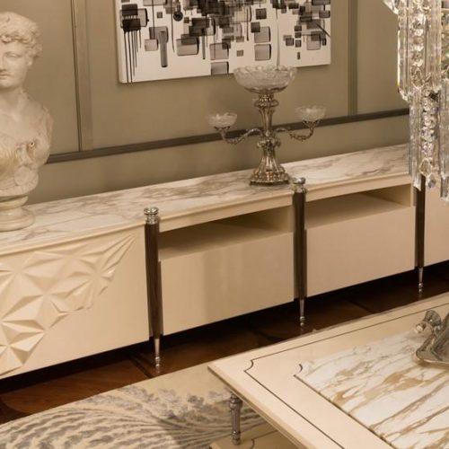 Mantelassi Lalique