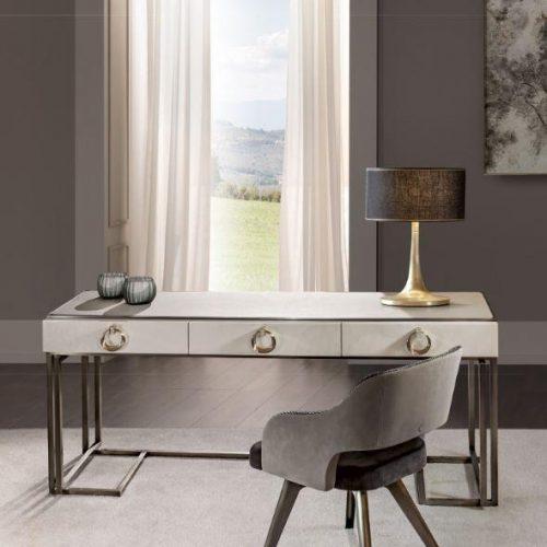 Cantori Voyage Desk